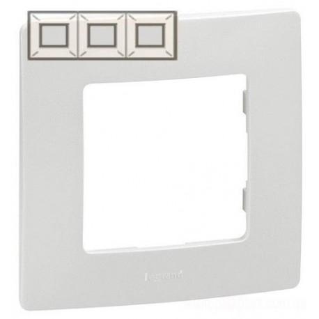 Рамка 3-а, колір білий, Legrand Etika