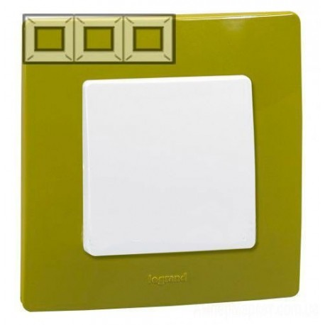 Рамка 3-я, цвет зеленый папоротник, Legrand Etika 672543