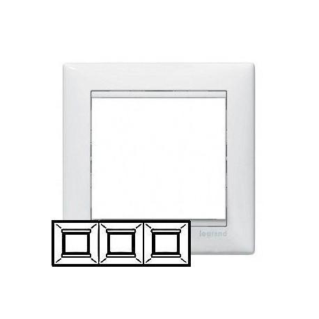 Рамка Legrand 3 поста белый Valena 774453
